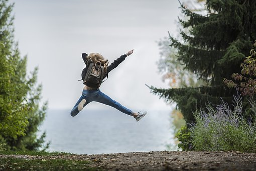 Salto de alegría o felicidad