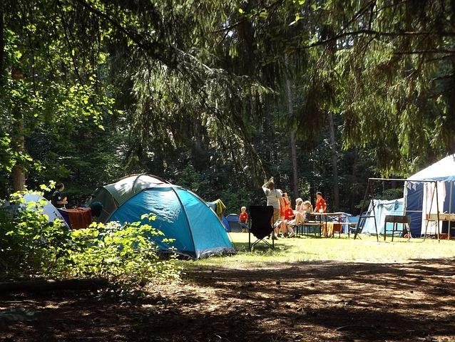 Camping durmiendo con plantas