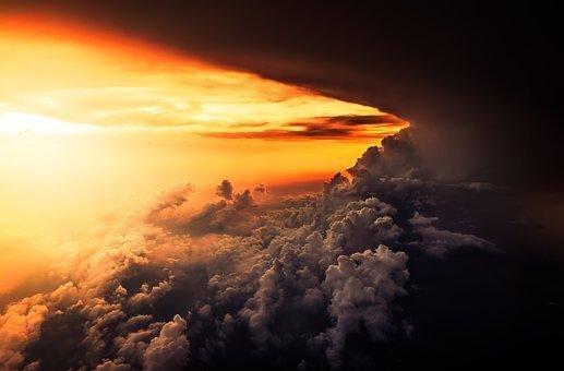 Sol y tormenta
