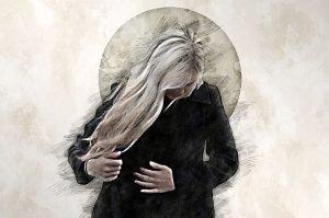 Mujer con gesto de pena